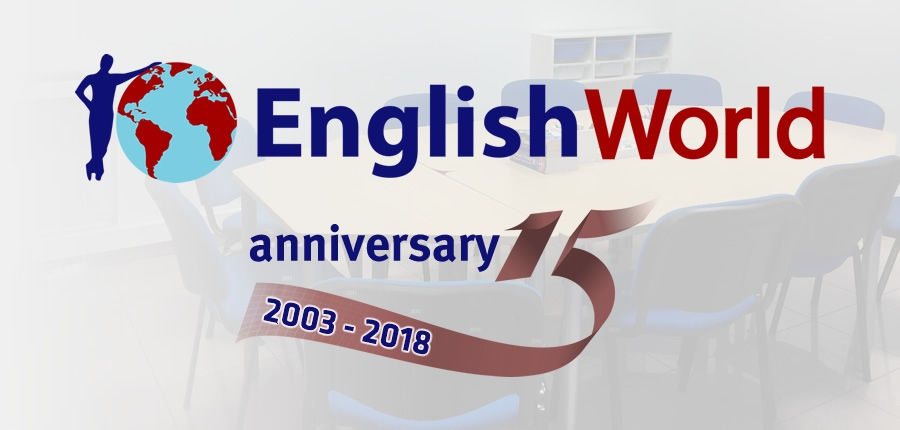 ¡ English World cumple 15 años !
